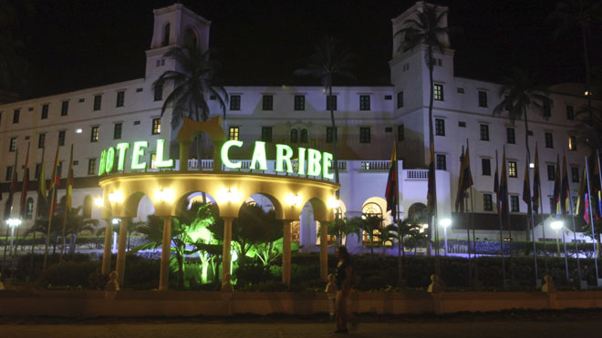 hotelcaribe_night_041912.jpg