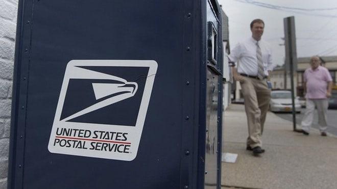 US Postal Service eyes alcohol deliveries to raise revenue
