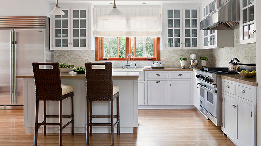Pros and cons of three popular kitchen layouts fox news for Common kitchen layouts