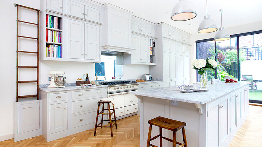How To Spice Up A Neutral Kitchen