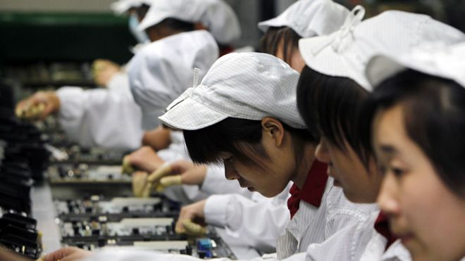foxconn-factory-workers.jpg