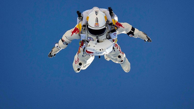 space-diving-freefall-02.jpg