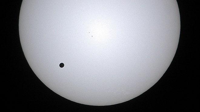 venus-transit-2004-joson-images-sun.jpg