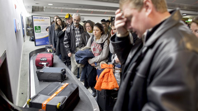 airline_luggage_baggageclaim_reuters.jpg