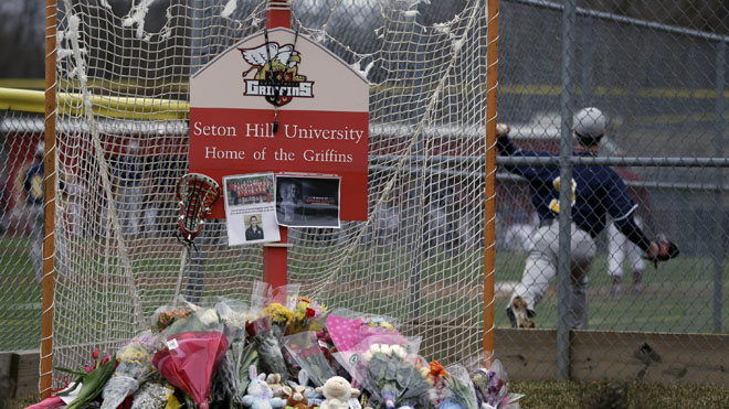lacrosse_bus_crash_memorial.jpg