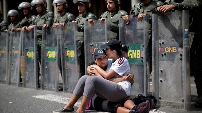 venezuela-021914.jpg
