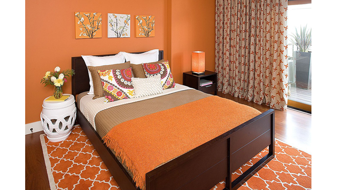 Zillow_KimballStarr_orange-room660.jpg