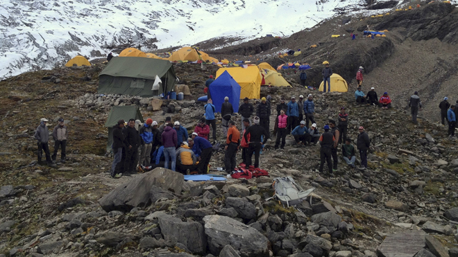 Search Continues For Victims Of Nepal Avalanche That Killed At Least 9