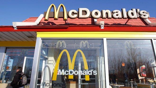 McDonalds-Restaurant-03