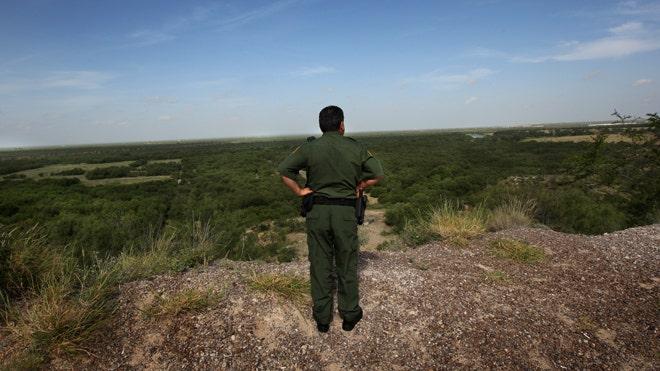 Laredo-Border-Patrol_art.jpg