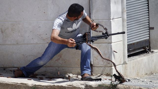 Syrian Revolutionaries fighting like in the Red Dawn movie