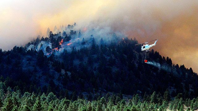 Wildfire devours structures in Colorado Springs | Fox News